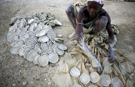Haitimothersdirtcakes